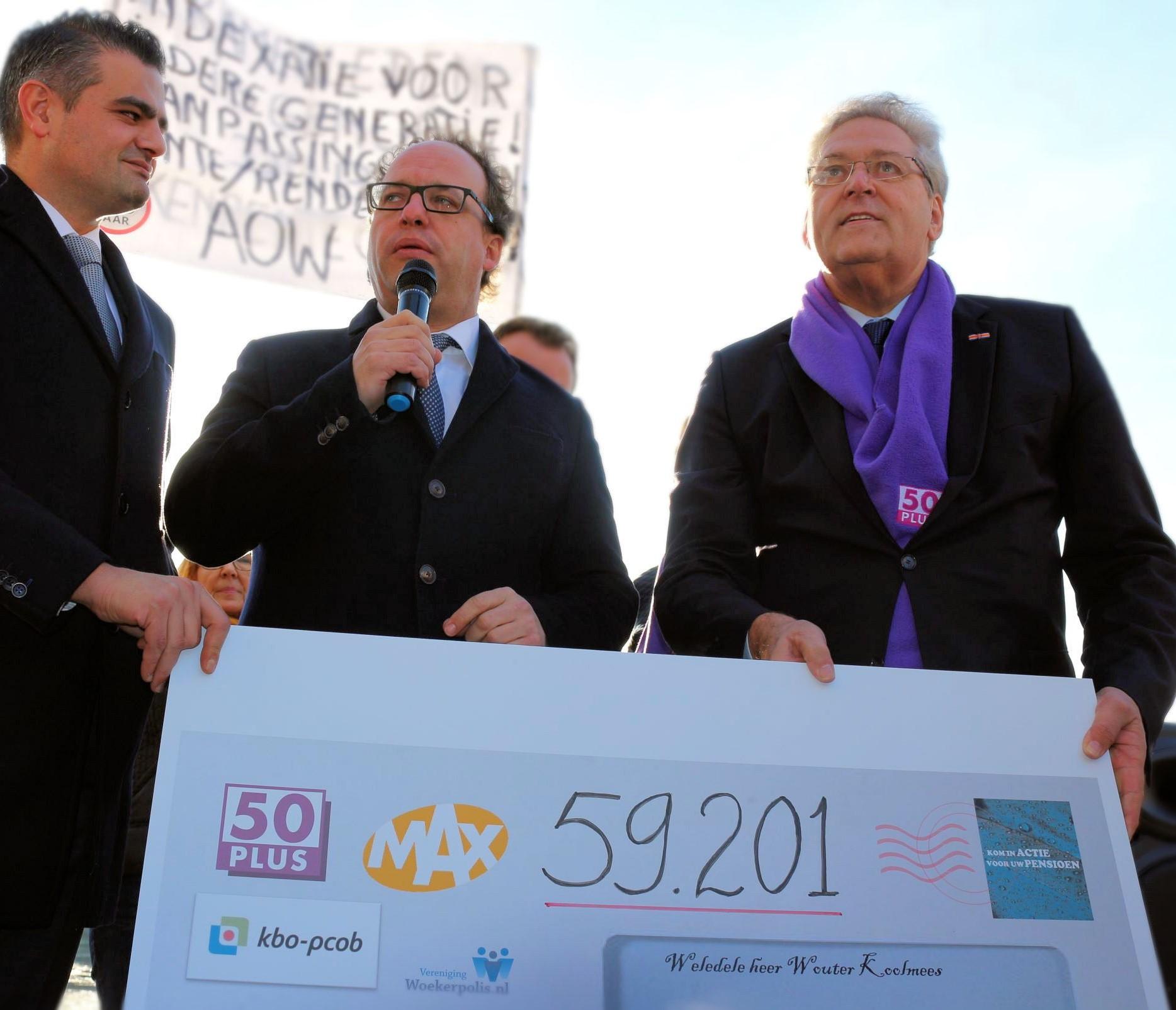 Koolmees Krijgt 59201 Handtekeningen Voor Beter Pensioen